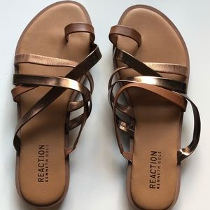 Kenneth Cole new never been worn sandals